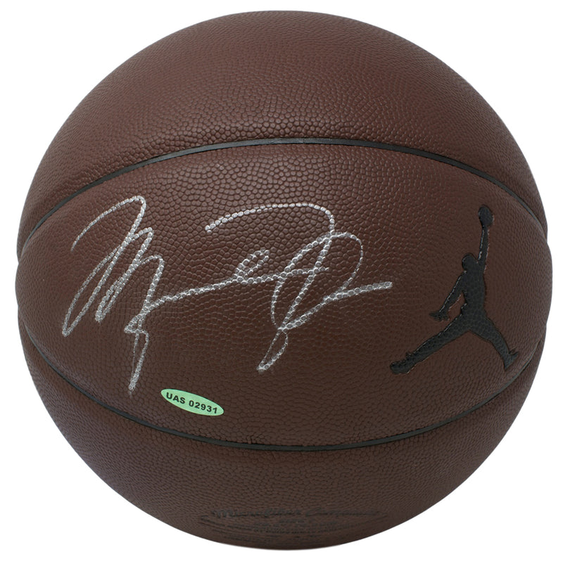 Michael Jordan Chicago Bulls Signed Jumpman Basketball UDA UAS02931 PSM-Powers Sports Memorabilia