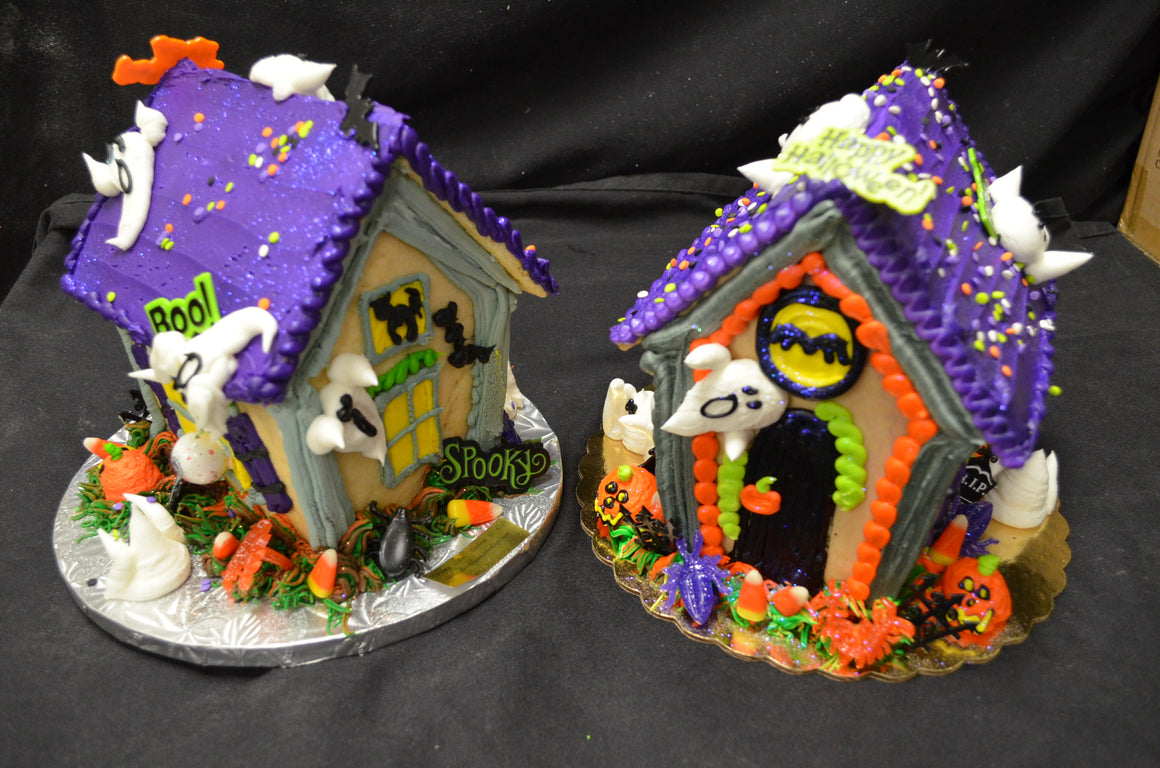 Haunted House Decorating for Kids Sat. Oct 26th 12:00 - 12:45pm