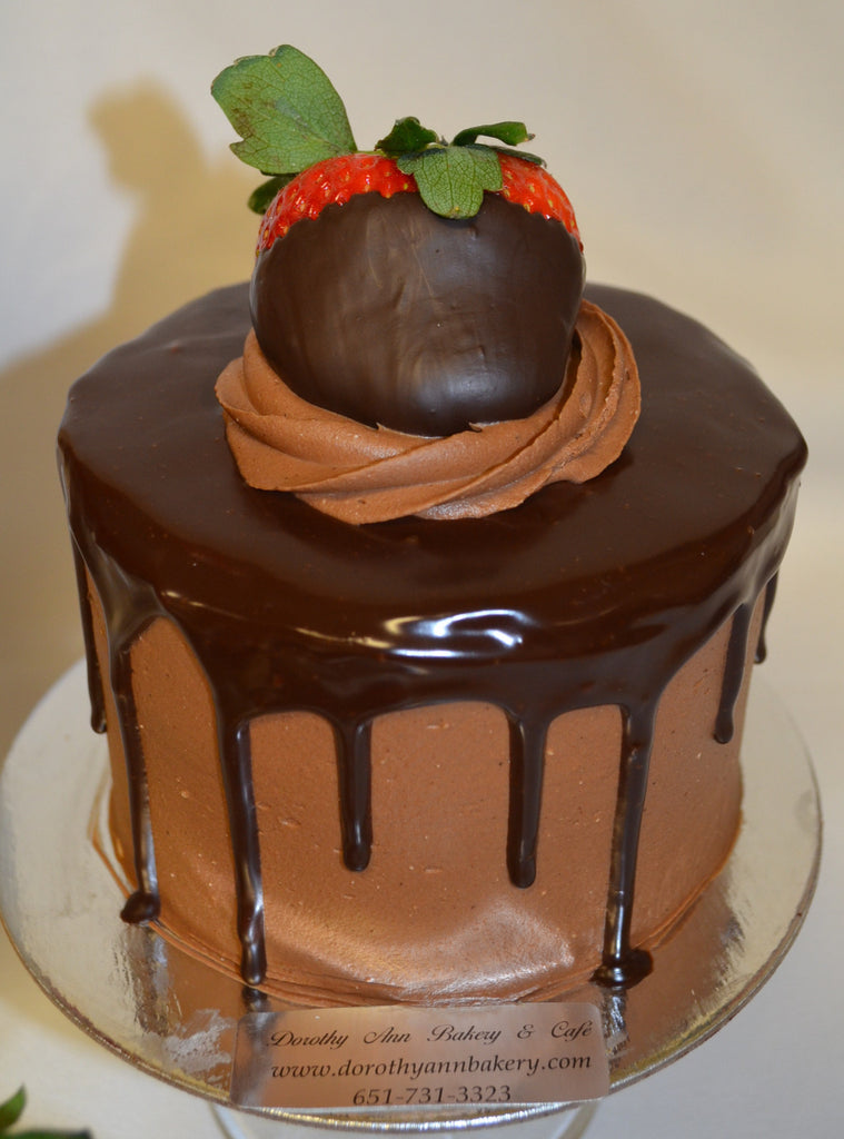 "4"" Sweetheart Gourmet Valentine Cake Dipped Strawberry"