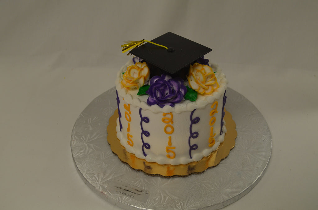 Small Floral Graduation Cake