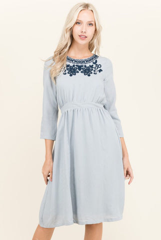 Embroidery Midi Dress
