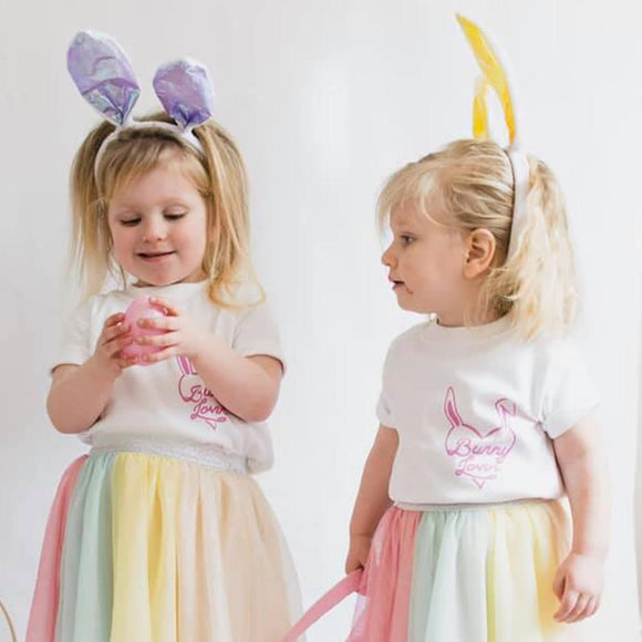 kids easter bunny loving's t-shirt