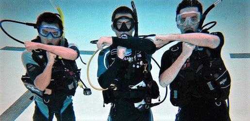 FIVE REASONS TO TRY SCUBA DIVING