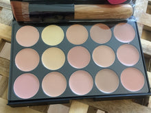 Foundation/Concealer Makeup Palette with free SPONGE and BRUSH
