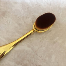 Oval Makeup Brush