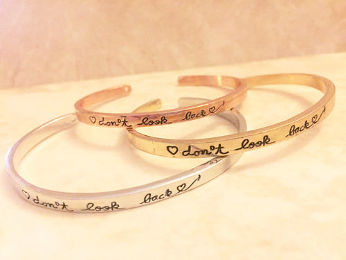 Don't Look Back Bangle