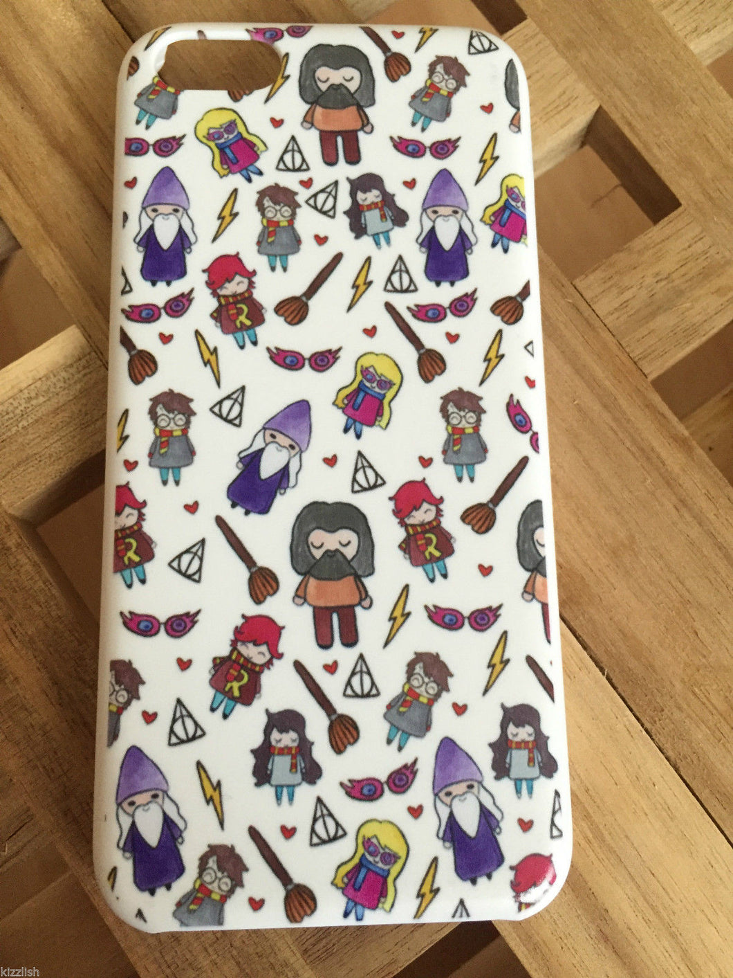 Harry Potter Cute Characters Phone case for iPhone 5C. Lovely cartoon illustrated design. The perfect gift for any Harry Potter fan.