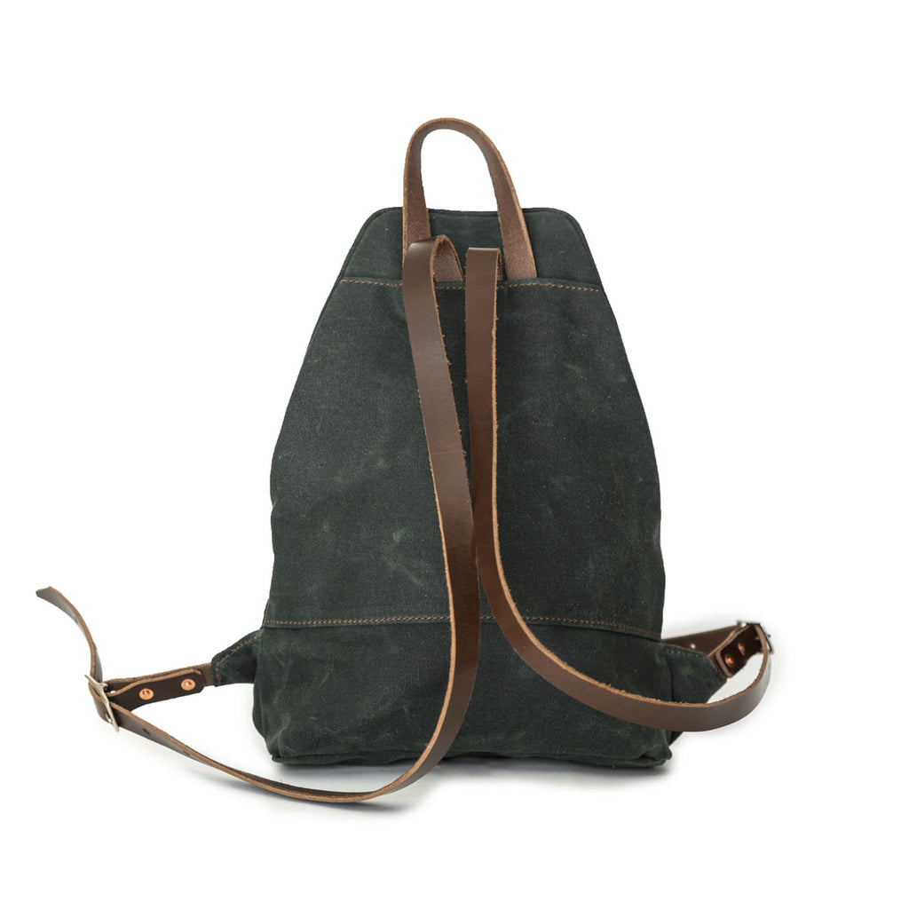 NEW! Hayden Daypack in Deep Forest