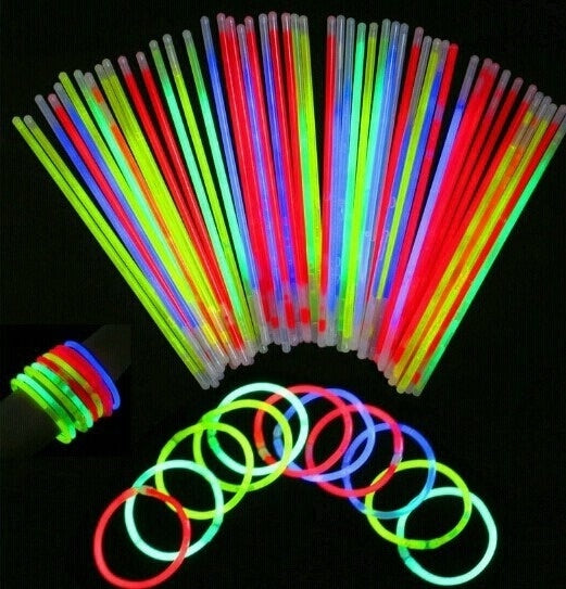 50 Pcs Glow Sticks Bracelets/Necklaces - LADSPAD.UK