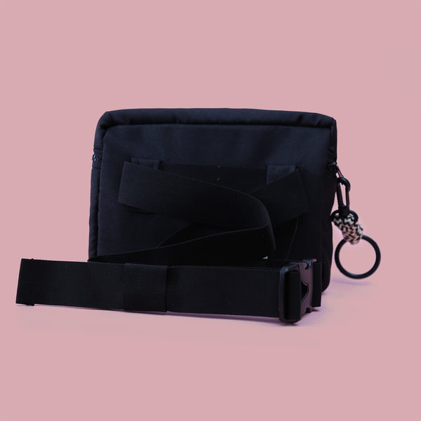 MP COLOR WAIST BAG BLACK - MANNEQUIN PLASTIC