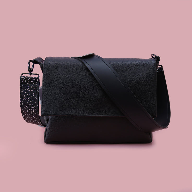 SINGLE HANDLE BAG BLACK - MANNEQUIN PLASTIC - hglhouse