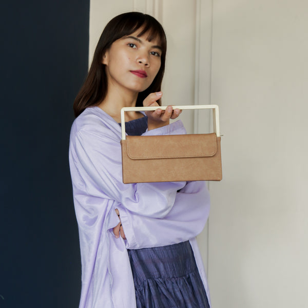 Wooden Clucth Bag Brown - Kayane