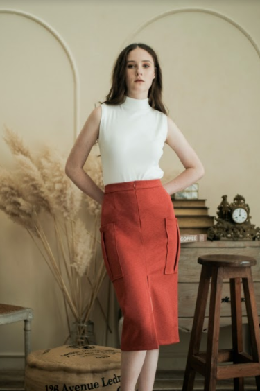 Michael Skirt in Pomegranate - Maven - hglhouse