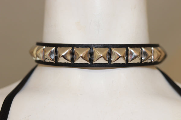 "3/4"" Wide Black Leather Choker with 1/2"" Pyramid"