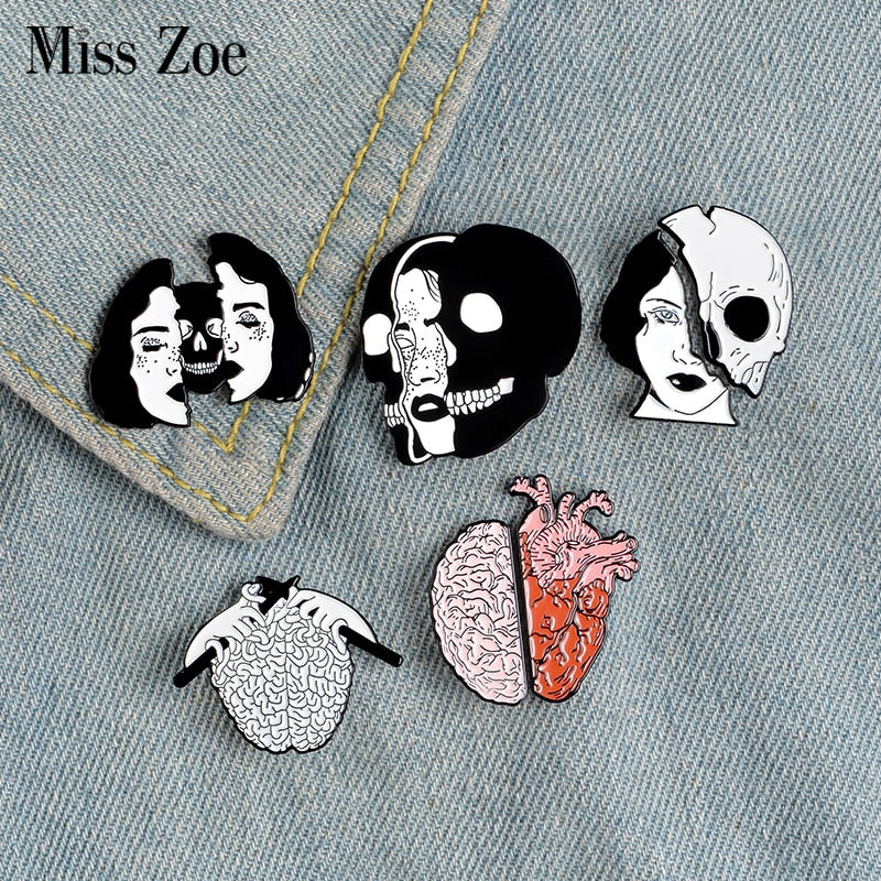 Style Edgar Allan Poe Enamel Pin Flower Funny Figure Icon Brooch Badge Emblem Corsage Jeans Lapel Clothes Cap Bag Creative Jewelry
