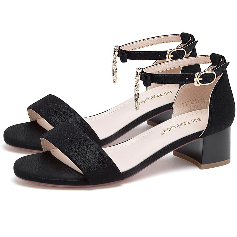 Luxury Shoes Women Designers 2020 Summer Ankle Strap 4CM High Heels Black Beige Sandals 21803AYY4899