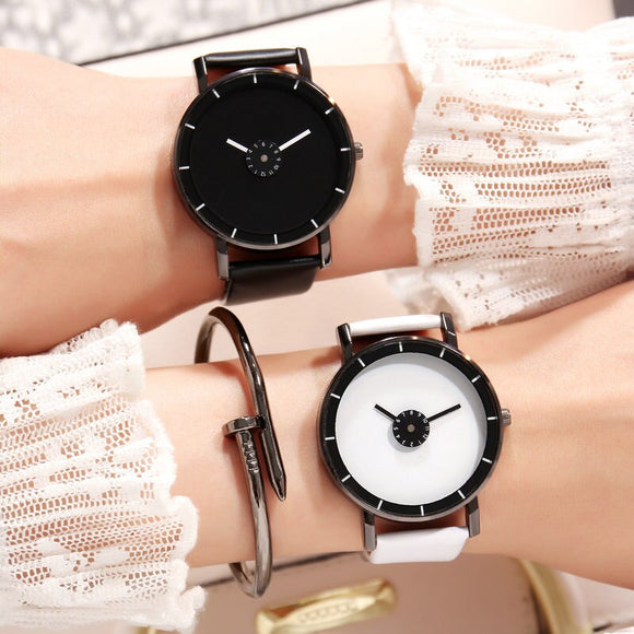 Korean-style Fashion Students Couple Watch Art Design Women Versatile Trend Men Watch Network Fashion Simple No Numbers Clock