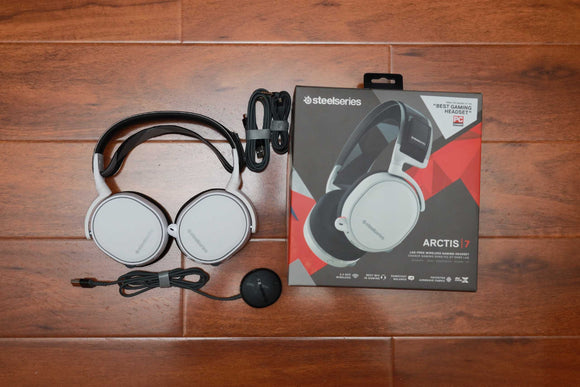 USED SteelSeries Arctis 7 Lag-Free Wireless Gaming Headset with DTS Headphone