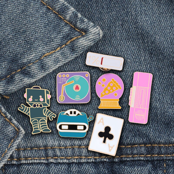 Custom Lapel Pin Brooches Yin Yang Moon Stars Banquet Badge Pins Trendy Accessory Jacket T-Shirt Bag Hat Shoe