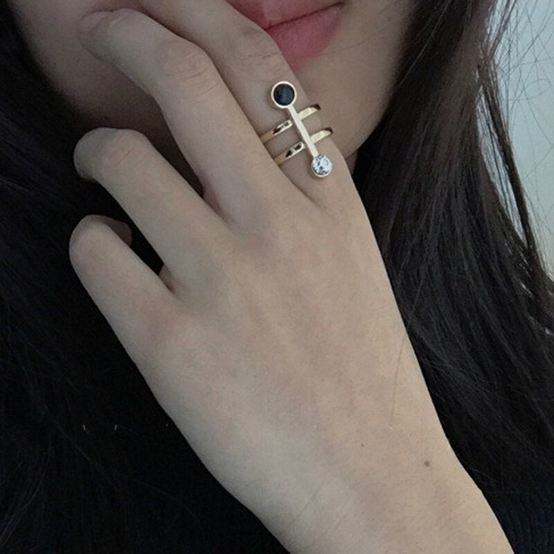 Brief Chic Gold Tone Geometric Open Rings For Women 2019 Stunning Crystal Finger Ring For Girls Party Ring Jewelry Femme Bijoux