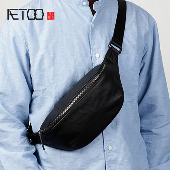 AETOO Leather men's chest bag, head leather fashion casual shoulder bag, trendmen's stiletto bag