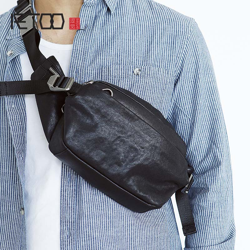 AETOO Spring and summer new leather chest bag cowhide small waist bag men's backpack simple