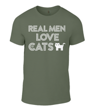 Short sleeve t-shirt - Real Men Love Cats