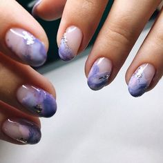 Marble Round Nail Design