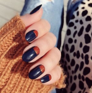 Autumn blue nail design