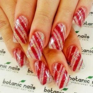 Glitter christmas candy nail design