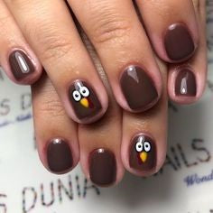 Dull Turkey Thanksgiving Nail Design