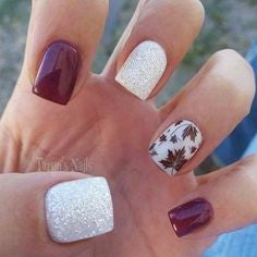Autumn leaves thanksgiving nail design