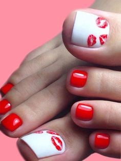 Red sexy Toe Nail Designs