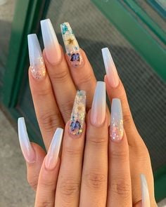 Dried Flower Nail Design