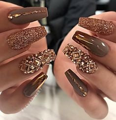 Luxury Rhinestones Nail Design