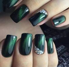 Green Cat Eye Nail Design