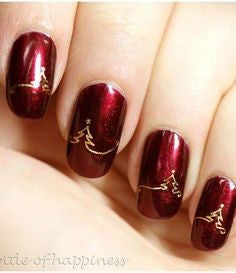 Simple Christmas Nail Design