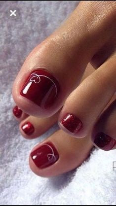 Metallic Red Toe Nail Designs