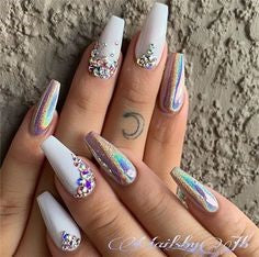 Holographic Diamonds Nail Design