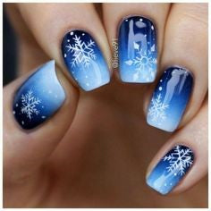 Ombre Snowflake Winter Nail Designs
