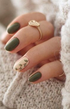 Matte Green Winter Nail Designs