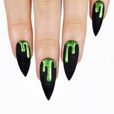 Green Glitter Polish Halloween Nail Design