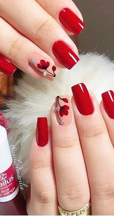Rhinestone Red Rose Nail Art Design