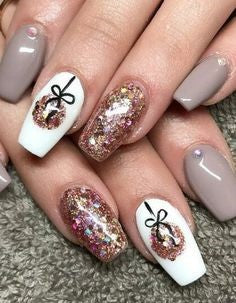 Christmas Nude Nail Design