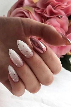 Metallic White stylish Nail Art Idea