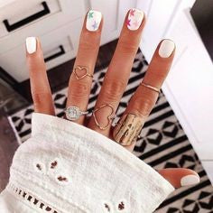 Star White Fun Nail Art Idea