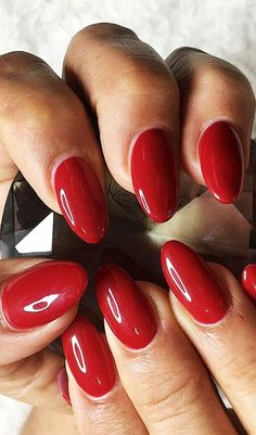 Red Round Nail Design