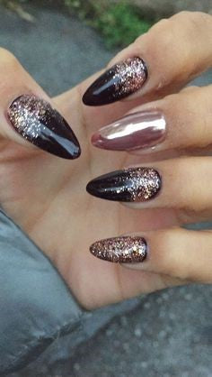 Chrome Powder New Year Nail Design