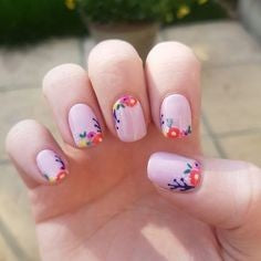 Printed flower nail design