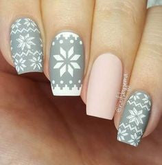 Winter Grey nail design